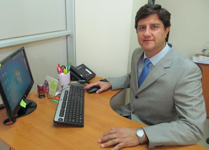 Aquiles Ramírez, jefe de carrera de Podología Clínica Santo Tomás Temuco