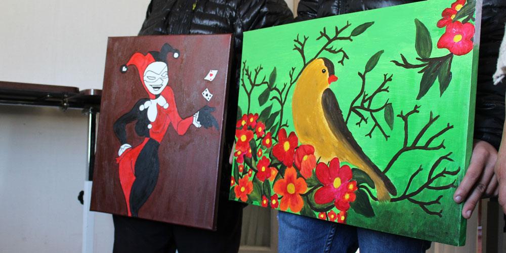 J venes del sename de temuco realizaron pinturas para el for Pinturas para el hogar